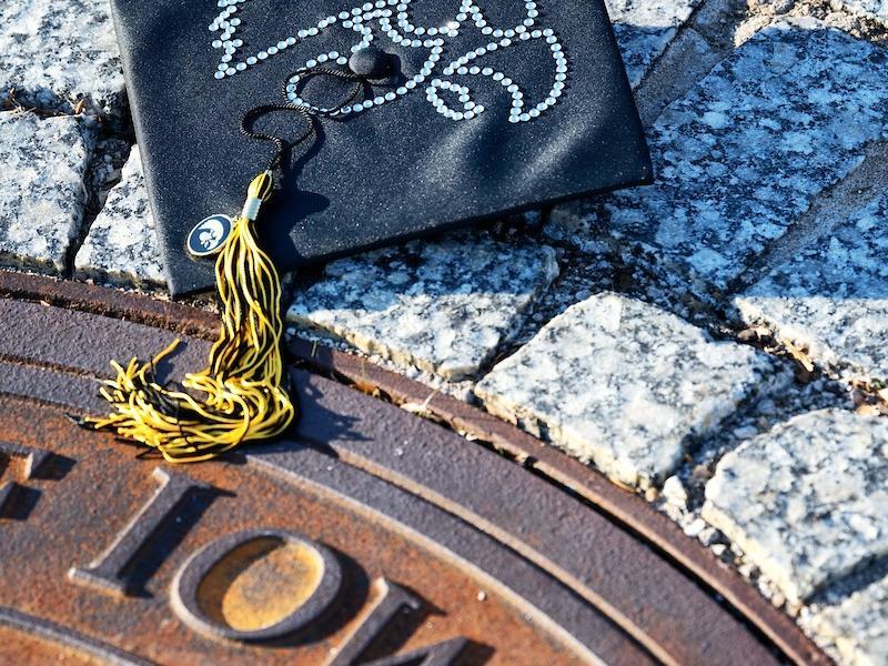 Iowa Graduation Cap and Pentacrest Seal